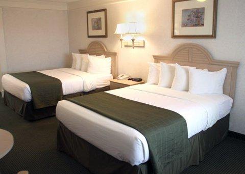 фото Quality Inn Near Lake Marble Falls 487876226