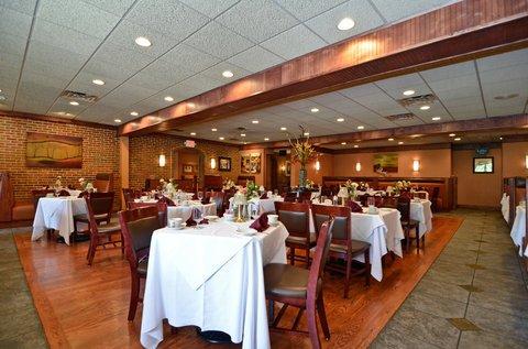 фото Best Western Plus Concordville Hotel 487876361