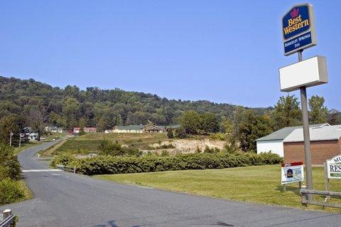 фото Best Western Berkeley Springs Inn 487880217