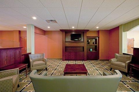 фото Holiday Inn Plattsburgh-Adirondack Area 487881369