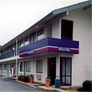 фото Motel 6 Stockton - Charter Way West 487882310