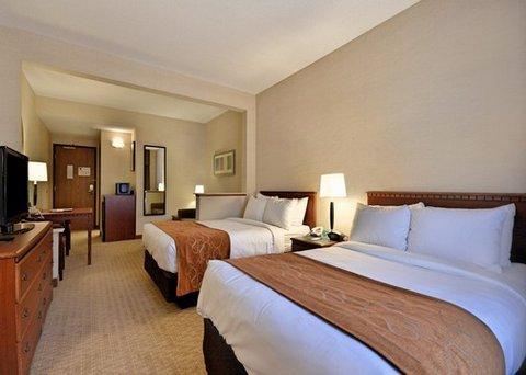 фото Comfort Suites Marquette 487883833