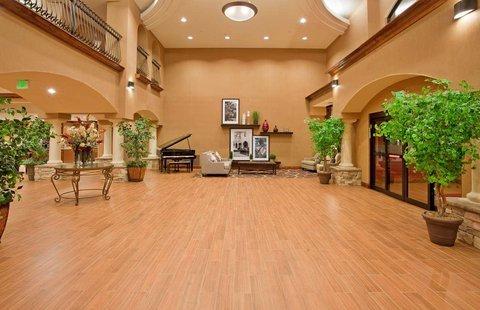 фото Hampton Inn & Suites Hemet 487886306