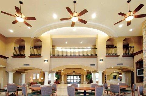 фото Hampton Inn & Suites Hemet 487886307