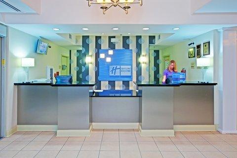 фото Holiday Inn Express & Suites Elizabeth 487888627