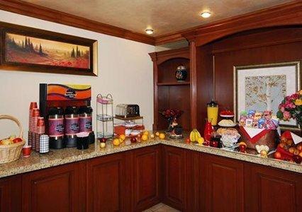 фото Comfort Inn Laguna Hills/Irvine Spectrum 487889399
