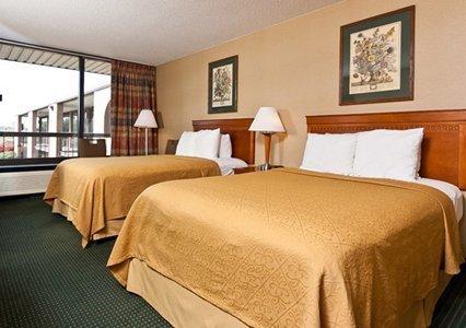 фото Quality Inn Columbus 487889920