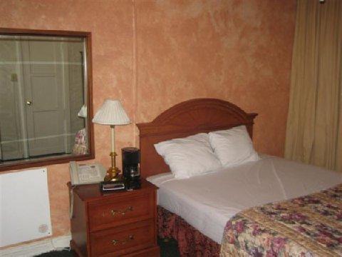фото Cecil Hotel 487890518