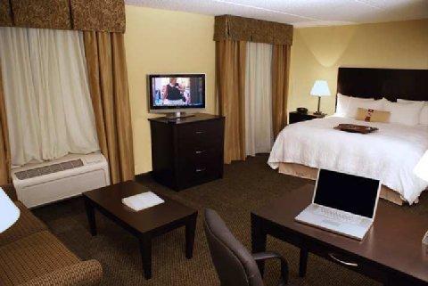 фото Hampton Inn & Suites Alexandria 487891656