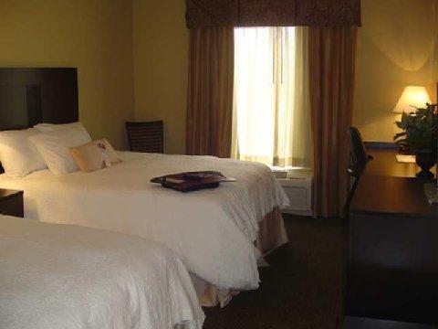 фото Hampton Inn & Suites Alexandria 487891657