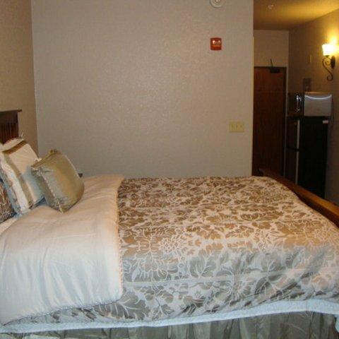 фото Roomy Suites 487894149