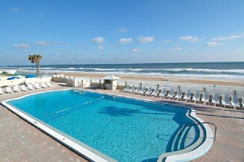 фото Super 8 Daytona Beach Oceanfront 487895160