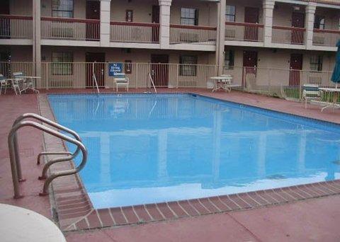 фото Quality Inn Memphis 487895728