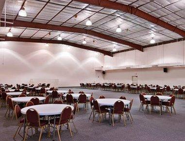 фото Days Inn Tucson Convention Center 487899332