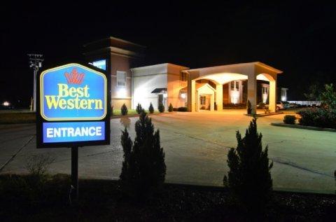 фото Best Western Oakdale Inn 487902052