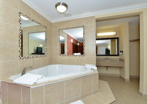 фото Rodeway Inn & Suites Corona 487903841
