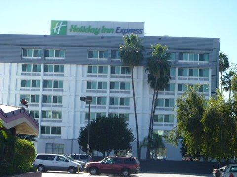 фото Holiday Inn Express Van Nuys 487904793
