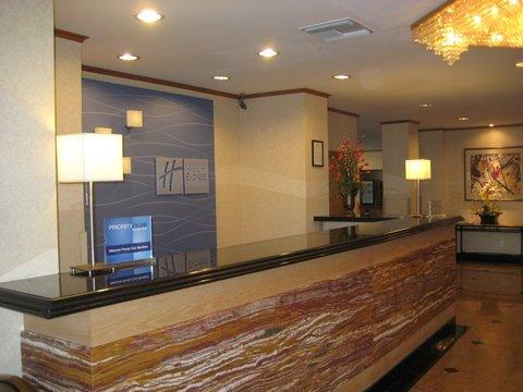 фото Holiday Inn Express Van Nuys 487904796
