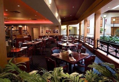 фото Chicago Marriott Northwest 487904993