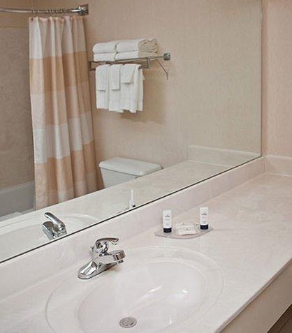 фото Fairfield Inn & Suites Holland 487909327