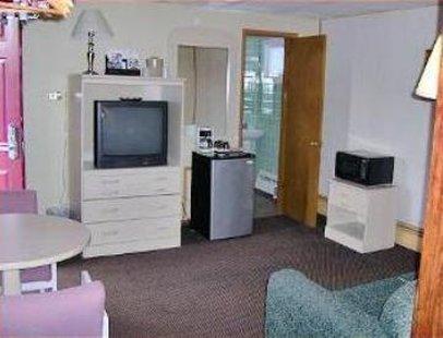 фото Economy Inn & Suites 487910333