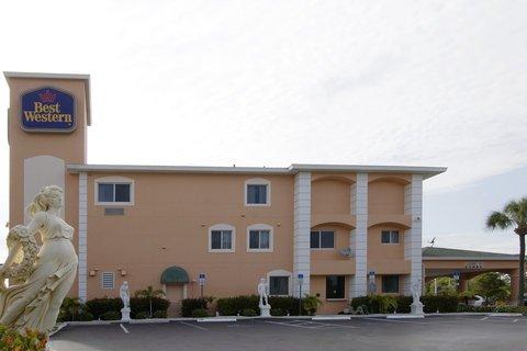 фото Best Western Bonita Springs Hotel & Suites 487912084