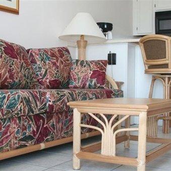 фото Victorian Condo Hotel Resort 487912767
