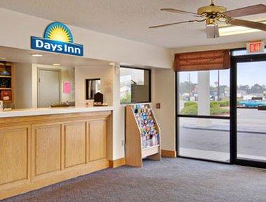 фото Days Inn Valdosta - Conference Center 487915556
