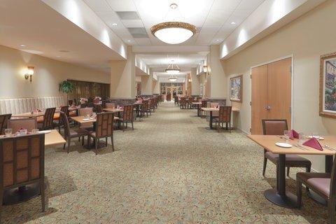фото Holiday Inn Downtown Everett 487917543