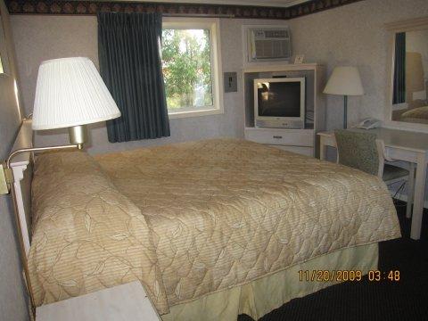 фото Wilbraham Inn 487918954