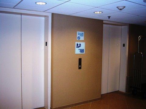 фото Quality Inn Convention Center 487919389