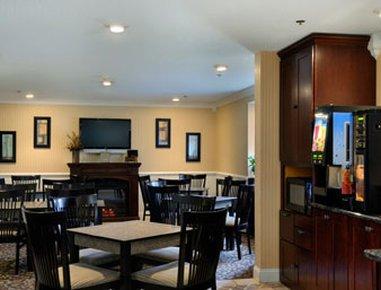 фото Microtel Inn by Wyndham Erie 487919489