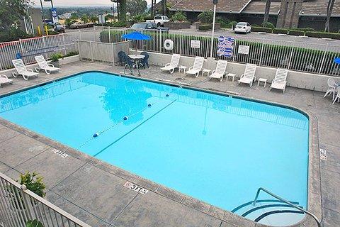 фото Motel 6 Los Angeles - Rosemead 487920455