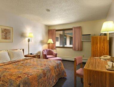 фото Days Inn Fort Collins 487920639