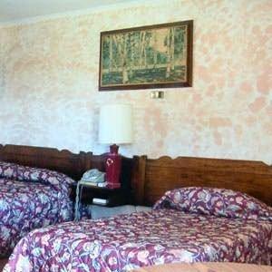фото Budget Host Gold Eagle Inn 487920939