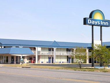 фото Days Inn Donalsonville 487921919