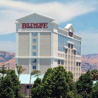 фото Biltmore Hotel & Suites 487924785