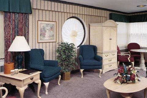 фото The Edgewater Hotel 487925100