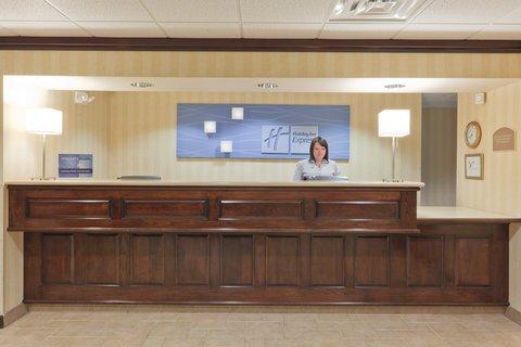 фото Holiday Inn Express Greensburg 487926611