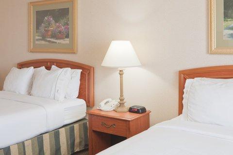 фото Holiday Inn Express Greensburg 487926619