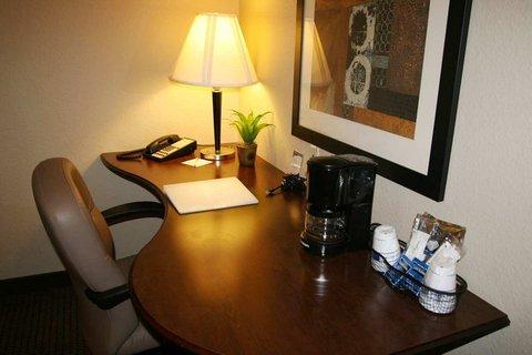 фото Hampton Inn & Suites Phoenix Glendale 487928973