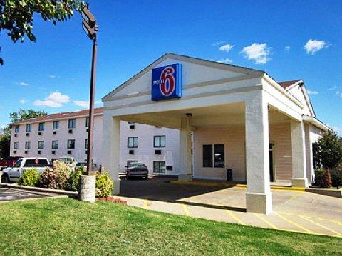 фото Motel 6 Ponca City 487932512