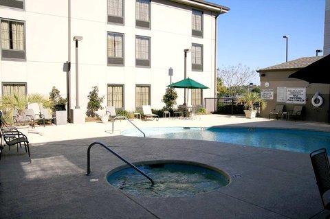 фото Hampton Inn & Suites Florence-Civic Center 487933355