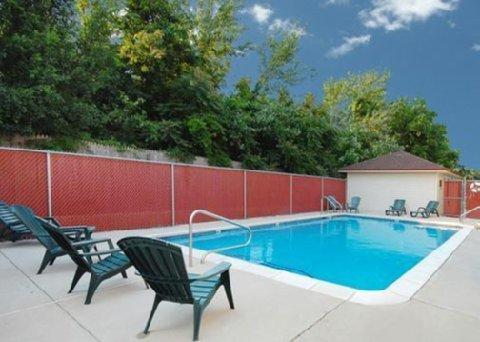 фото Quality Inn Pleasantville 487935348