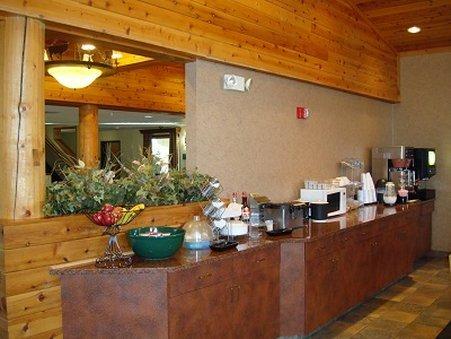 фото Holland Inn & Suites 487935784