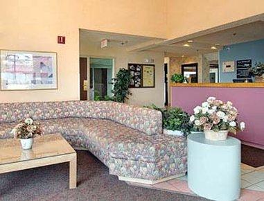 фото Super 8 Motel Watertown WI 487937780