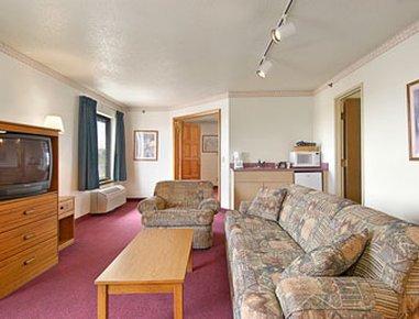 фото Super 8 Motel Watertown WI 487937784