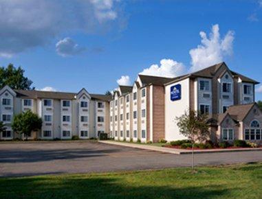 фото Microtel Inn & Suites By Wyndh 487939034