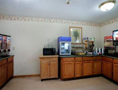 фото Microtel Inn & Suites By Wyndh 487939036