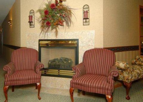 фото Comfort Inn Dyersville 487939434